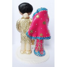 Indian Bride & Groom wedding cake topper