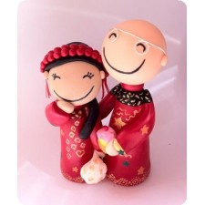 Oriental Bride and groom wedding cake topper