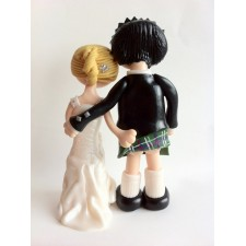 Funny Scottish Wedding cake topperkilt lifting bum flash!