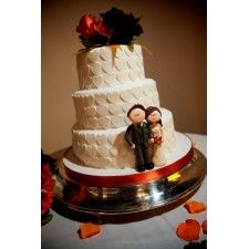 Personalised wedding cake toppers on the cake