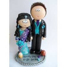 Asian Bride & American Groom wedding cake topper