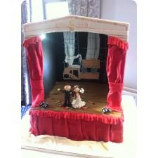 Theatrical Bride & Groom